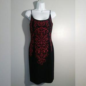 EUC Maggy London Petites Embroidered Dress sz 6
